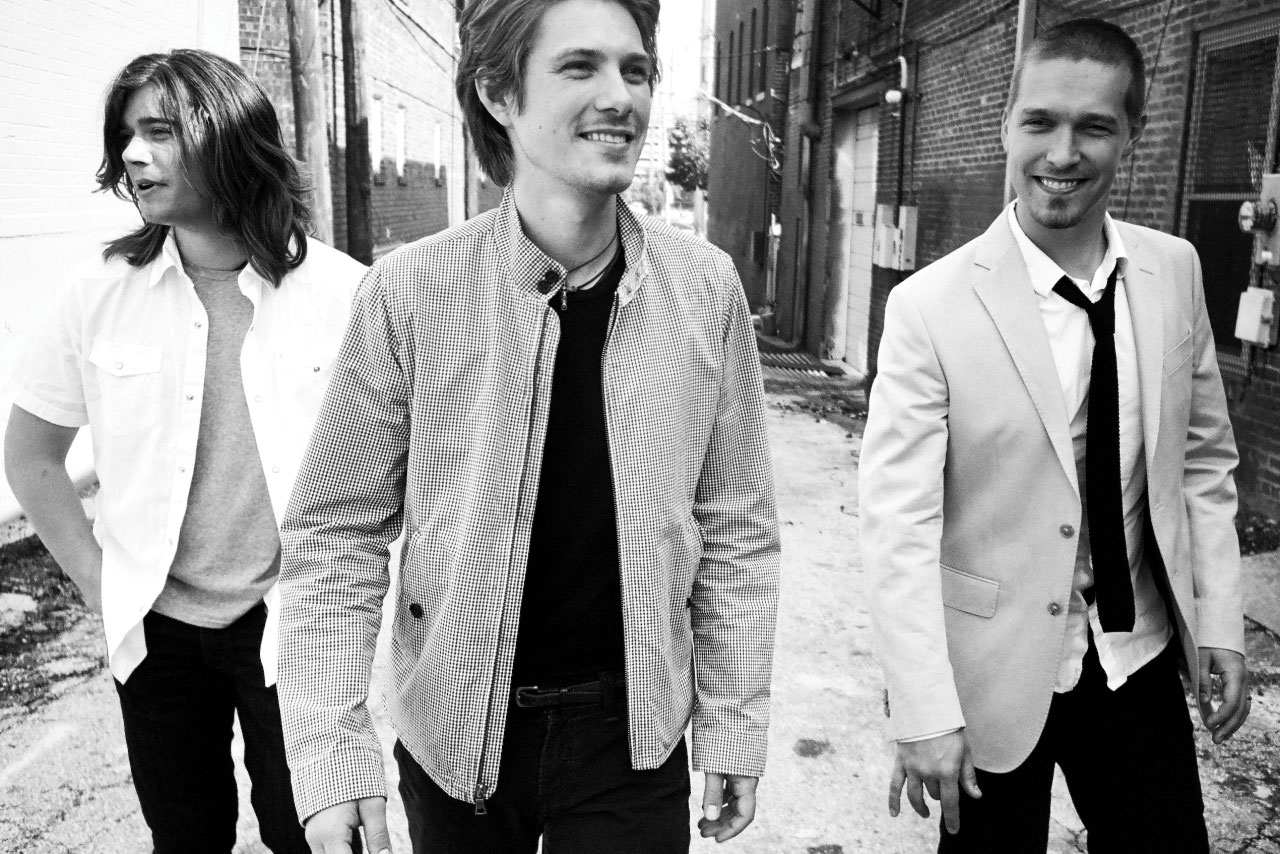 Hanson Announces Christmas Album Finally Its Christmas — Listen ...