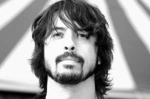 dave-grohl-black-and-white-facial-hair-and-long-hairstyle